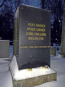Vapaussodan muistomerkki Hietaniemessä