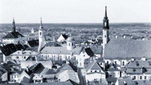 Viron vapaussodan ensimmäinen päivä Narvan suomalaisen kirkkoherran kuvaamana