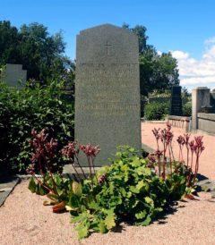 Alma Fohström von Roden hauta Hietaniemessä