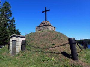 Narvan taistelussa 1700 kaatuneiden venäläisten sotilaiden muistomerkki